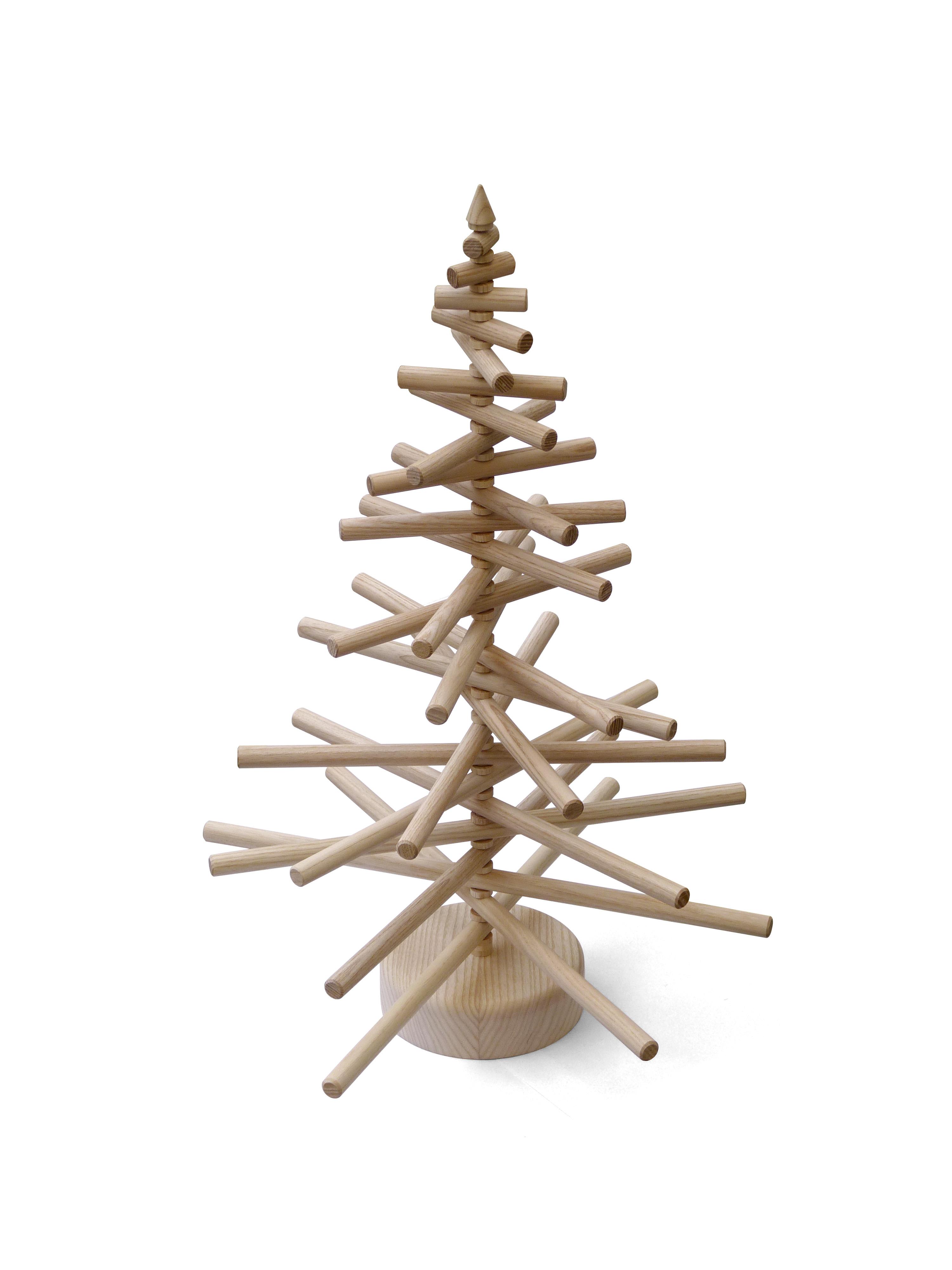 kreativer tidda esche holz weihnachtsbaum basteln und. Black Bedroom Furniture Sets. Home Design Ideas